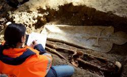 plus-de-mille-sepultures-ont-ete-localisees-dont-550-quelques-unes-d-un-interet-exceptionnel-mi.jpg