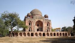 Rahim tomb1
