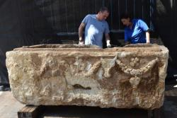 Roman era sarcophagus recovered in israel 1