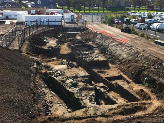 roman-shoe-fort-dig-site-41573-600x450.jpg