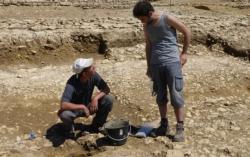 Seule l archeologie permet d identifier de comprendre de dater et de dechiffrer les indices photo chantal blancher