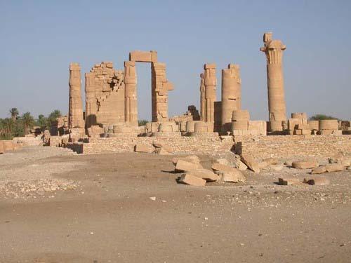 soleb-temple-2-near-3rd-cataract-sudan-will-be-flooded-if-kajbar-dam-built.jpg