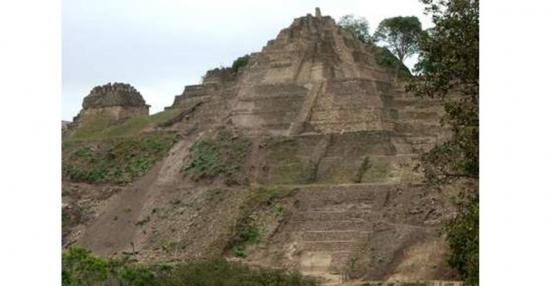 Tonina pyramid mexico