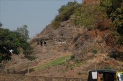 vijayawada-mogalrajapuram-caves-5.jpg